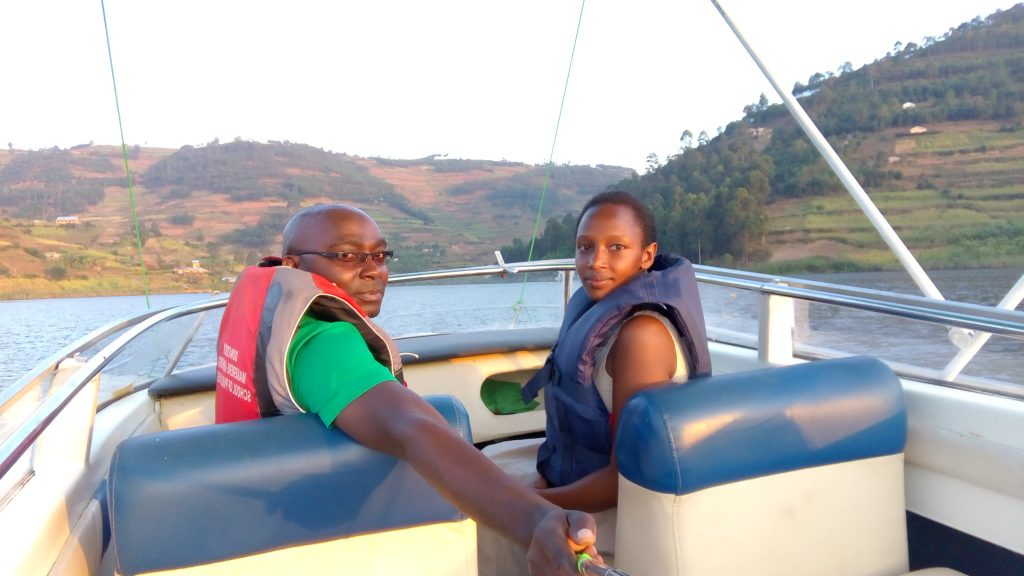 About Lake Bunyonyi Rock Resort
